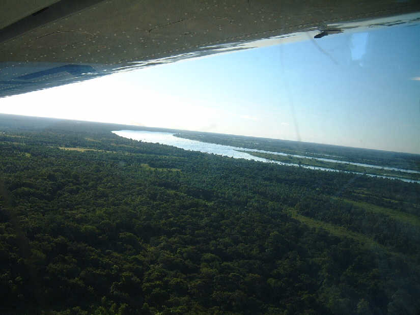 aerial of ranch and Rio Paraguay
